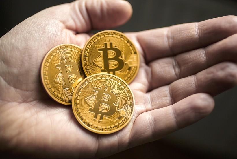 Как купить криптовалюту биткоины за рубли