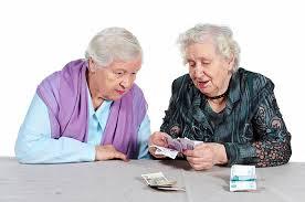 Как взять кредит неработающим пенсионерам?