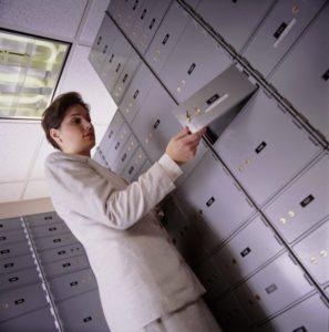 Как арендовать банковскую ячейку? Заключение договора