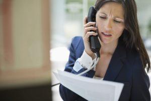 Имеют ли право коллекторы звонить на работу