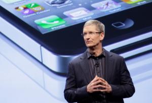 сколько зарабатывает apple