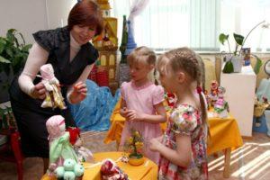 стимулирующие выплаты младших воспитателей
