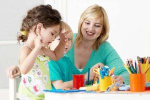 сколько зарабатывают воспитатели детских садов