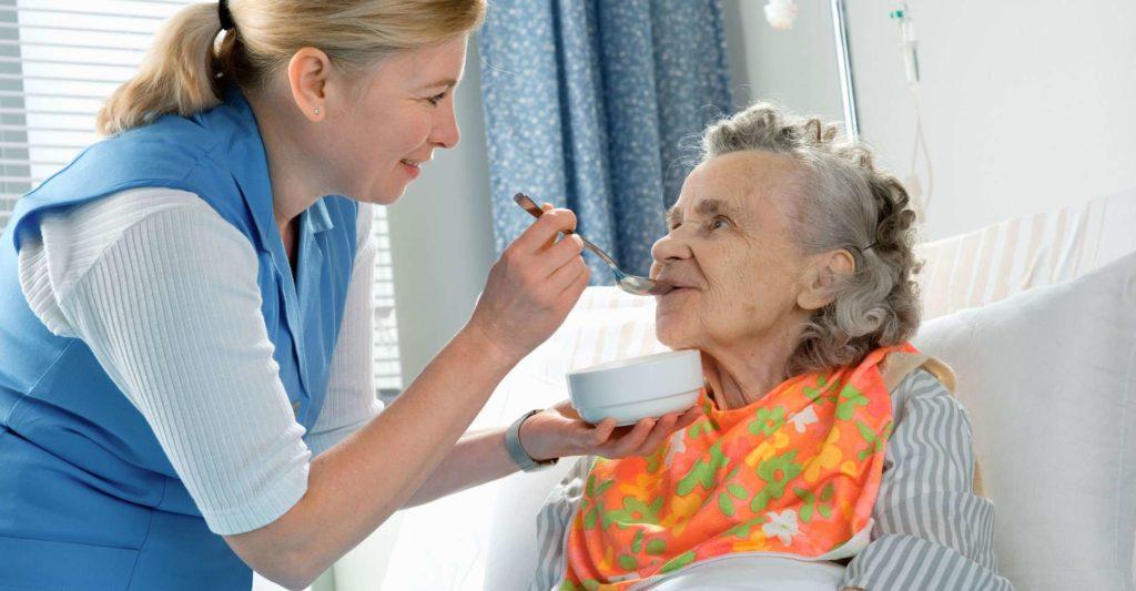 как оформить опеку над пожилым человеком