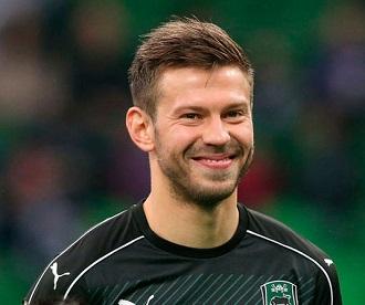 smolov-futbolist-zarplata
